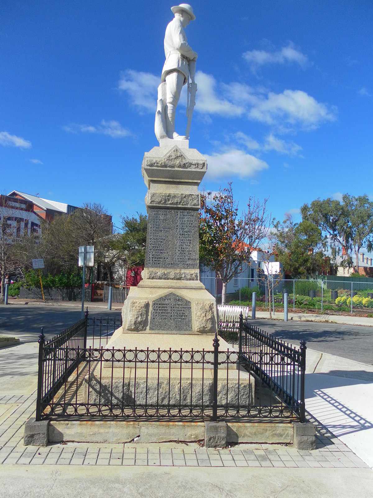 North Fremantle Soldiers Memorial